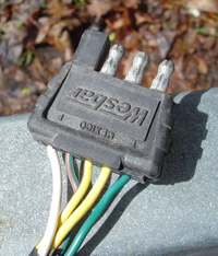 boat trailer light connector